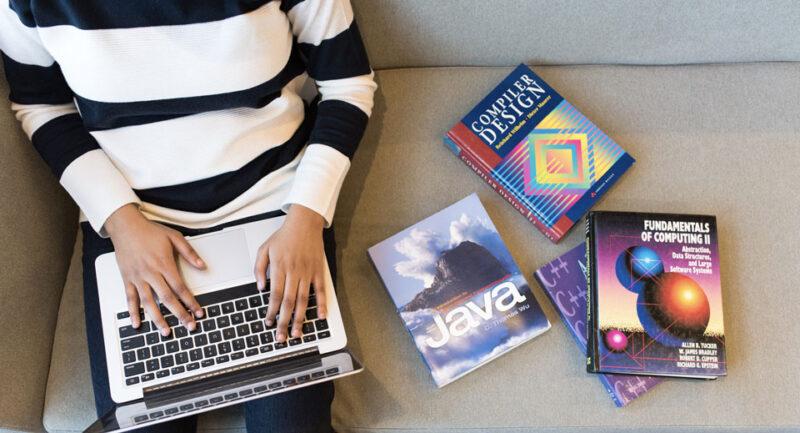 programming language used to build Instagram